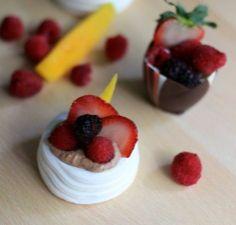Easy dessert recipes - Mini Pavlova Dessert - Click Pic for 25 Thanksgiving Dessert Ideas