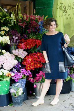 Aproveitei este cantinho para o look do dia: vestido COS, sapatilha de palha…