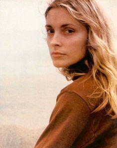 Sharon Tate in Joshua Tree, 1968