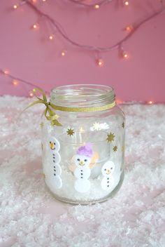 Simple DIY ideas for Christmas - make yourself beautiful tealights - ModaHaberci Christmas Makes, Christmas Diy, Beautiful Christmas, Makes You Beautiful, Make An Effort, Blogger Themes, Small Gifts, Tea Lights, Snow Globes