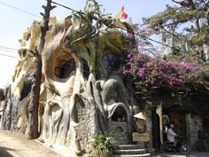 Built in 1990 by Dang Viet Nga, the daughter of a former President of Vietnam, The Crazy House attracted much public attention upon its completion. She willingly opened the house to the public for tours of the randomly-scaled rooms, weird statues and odd staircases.