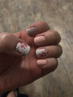 Summer nails, nails are, nails design, trendy nails. Manicure Y Pedicure, Shellac Nails, Acrylic Nails, Trendy Nails, Cute Nails, Easy Nails, Spring Nails, Summer Nails, Nails Short