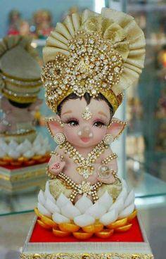 Shri Ganesh Images, Ganesha Pictures, Lord Krishna Images, Lord Durga, Ganesh Lord, Jai Ganesh, Shree Ganesh, Durga Maa, Ganesh Chaturthi Decoration