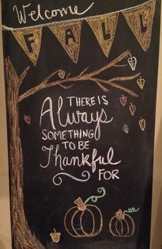 Autumn / Fall / Thanksgiving Chalkboard Art - Chalk Art İdeas in 2019 Fall Chalkboard Art, Thanksgiving Chalkboard, Chalkboard Doodles, Chalkboard Art Quotes, Blackboard Art, Chalkboard Writing, Kitchen Chalkboard, Chalkboard Drawings, Chalkboard Lettering