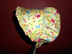 SUN115 Sunbonnet Yellow Butterfly Garden by GrandmasGirl features the best of the backyard.  Catalog number SUN115 @ http://www.grandmasgirl.com/Pages/Sunbonnets.aspx  © GrandmasGirl.com Handmade Practicalities for the Home and Family.