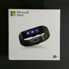 I just discovered this while shopping on Poshmark: Microsoft Band, Medium. Check it out! Price: $99 Size: OS