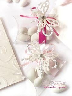Plastic pillow box / #bonbonnieres / #favors / #butterflies from www.violet-bg.com