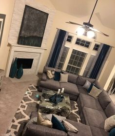 Cozy Small Living Room Decor Ideas For Your Apartment - Living room - Apartment Cozy Living Rooms, Home Living Room, Living Room Designs, Grey Living Room Furniture, Blue Living Room Decor, First Apartment, Apartment Living, Cozy Apartment, Apartment Design