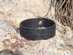 black leather choker/upcycled leather by longshotleather on Etsy #chokers #leatherchokers #longshotleather