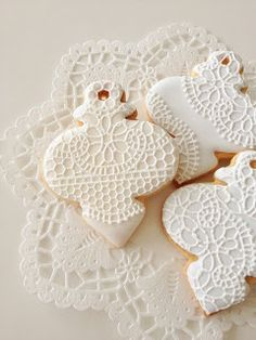 Beautiful Iced Cookies from C.bonbon: cookie...