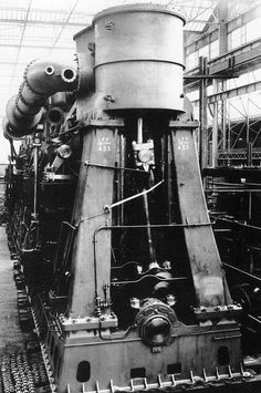 Compund engine of Britannic, White Star Line. The liner sunk during WWI in 1916. It was the third of the sisterships Olympic and Titanic.