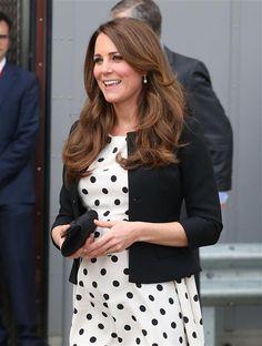Kate Middleton  Consejos e ideas para ser una embarazada con estilo:  http://www.stylesyoulove.es/guia/ropa-de-premama-guia-embarazada-con-estilo