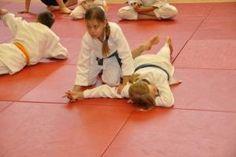 Aikido Kindertraining Linz Juni 2013: Kinderkyuprüfungen, Nikkyo Fixierung