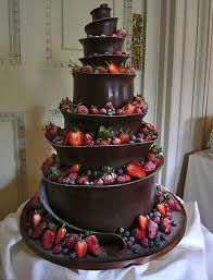Dessert – Wedding Cakes With Cupcakes Pretty Cakes, Beautiful Cakes, Amazing Cakes, Cool Wedding Cakes, Wedding Cake Designs, Extreme Wedding Cakes, Dessert Wedding, Fruit Wedding Cake, Wedding Ideas