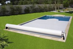 Cubiertas de piscina: prepara tu piscina para el otoño #hogarhabitissimo #cubierta Small Pool Houses, Small Backyard Pools, Pool Decks, Piscina Rectangular, Cool Pool Floats, Small Pool Design, Pool Fountain, Plunge Pool, Swimming Pool Designs