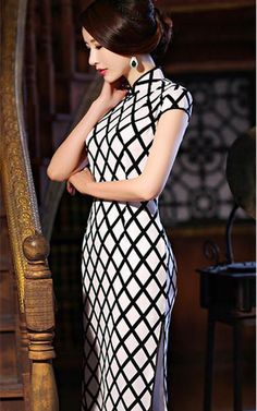 Black and white silk cheongsam traditional mandarin collar Chinese dress TangZhiMeng 120-003