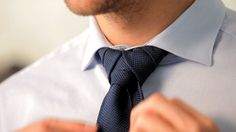 Match The Knot Of Your Tie To Your Collar