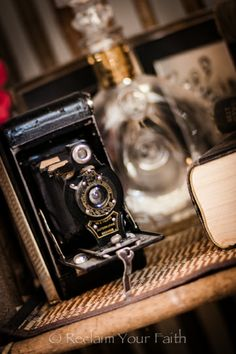 Antiques!  #oldcameras #antiques #camera