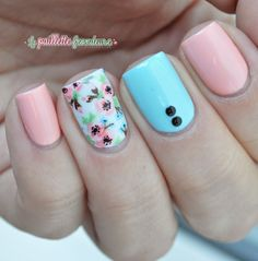 Pink and blue flower nails