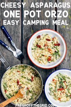Cheesy Asparagus One Pot Orzo This Cheesy Asparagus Orzo recipe is SO easy to make while camping! It cooks in one pot so cleanup is done in a snap, and this dish can easily be scaled to feed a crowd. Best Camping Meals, Camping Dishes, Backpacking Food, Camping Recipes, Camping Ideas, Camping Cooking, Vegetarian Camping, Solo Camping, Camping Menu