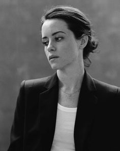 "Welcome to DAILYFOY, a fanblog dedicated to British actress Claire Foy as seen in ""The Crown"", ""Wolf..."