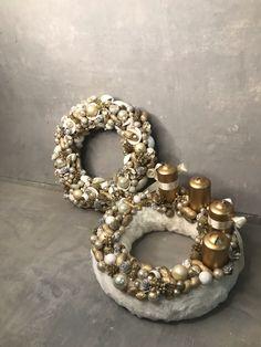 #noridekor #advent #wreath #koszorú Advent Wreath, Christmas Wreaths, Holiday Decor, Home Decor, Decoration Home, Room Decor, Home Interior Design, Home Decoration, Interior Design