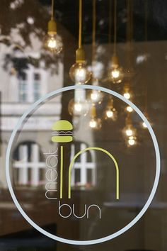 meat IN bun - Logo for Interior Design // Corporate Design // Burger Restaurant in Munich // Mery Reif // LOVA