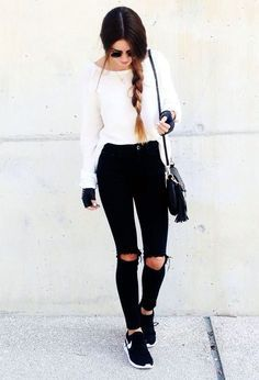 Find out our simplistic, cozy & just neat Casual Fall Outfit inspiring ideas. Get influenced using these weekend-readycasual looks by pinning your favorite looks. casual fall outfits with jeans Mode Outfits, Fashion Outfits, Fashion Ideas, Fashion Clothes, Skirt Outfits, Stylish Outfits, Stylish Shirts, Fashion Tips, Casual Teen Outfits