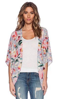 f97d39bdb78f90 Can I pull off the kimono look  Like how this one is flowy without being