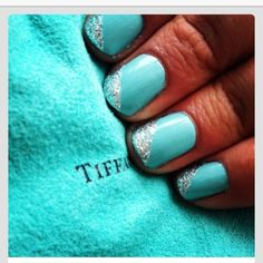 Nails, nail art, nail design, blue, green, mint, robins egg blue, Tiffany blue, silver, sparkly, Tiffany nails