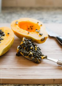 Papaya Seed Vinaigrette | @kitchconfidante