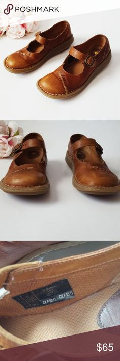 Dr. Martens Mary Jane buckle shoes size 7 -E3 Dr. Martens light brown leather mary-jane style shoes. Size 7. Used item: pictures show any signs of wear. Inspected for quality. Bundle up! Offers always welcome:)  Shop my husband's closet!: @kirchingeraaron Dr. Martens Shoes