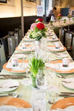 FUN and TASTEFUL, CLASSIC Baseball Wedding in Spring | One Sweet Day #tablecoordhination #wedding #ウェディング #結婚式 #テーブルコーディネート #コーディネート #装飾