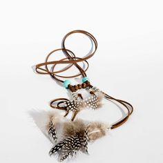 Collar Boho/Gypsy/Navajo con plumas y turquesas www.lauritalacomplementos.com
