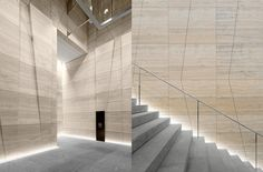 Up-lit Stair and stone wall Lobby Interior, Interior Stairs, Office Interior Design, Office Interiors, Interior Lighting, Light Architecture, Architecture Details, Interior Architecture, Textured Wall Panels