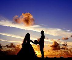 Секреты счастья для двоих. Куда со временем пропадает острота чувств? Почему стабильность в семье — это не всегда хорошо? Как прожить 20, 30 и даже 50 лет в счастливом браке?