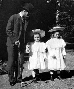 The Imperial Royal Family of Russia, Olga and Tatiana with their papa, c. 1900.