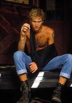 """It's alright, there comes a time, got no patience to search  for peace of mind. Layin' low, want to take it slow, no more hiding or, disguising truths I've sold"" --No Excuses  #AliceInChains #LayneStaley"