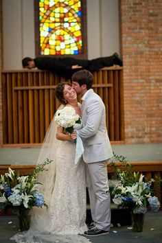 Planking - 30 Wedding Photobombs Will Have You Screaming 'I Do!' with Laughter