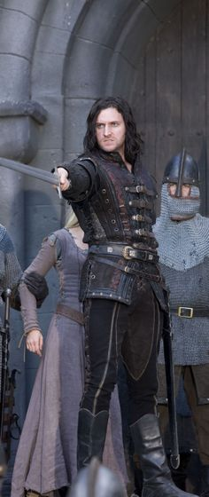 Guy of Gisborne was actually one of my favorite characters in series 1 & 2, he really seemed to like Marian, but he didn't know how to act around girls.