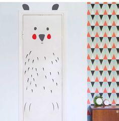 Unique Kinderzimmerdekoration Exklusive Wandtattoo Kinderzimmer B r Haru ein Designerst ck von taia s bei