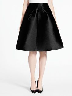 We couldn't think of a better skirt to add to our closet! So classic and chic! @katespadeny