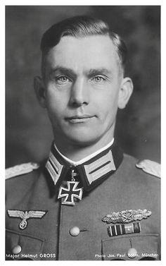 ✠ Helmut Groß (27 December 1910 - 24 October 2004) RK 31.08.1943 Major Kdr Div.Füs.Btl 129 129. Infanterie – Division