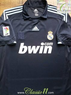 Relive Real Madrid s 2009 2010 La Liga season with this vintage Adidas away football  shirt cd6d0ff2e