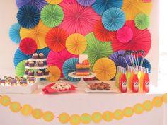 Festa Colorida! Colorida demais.