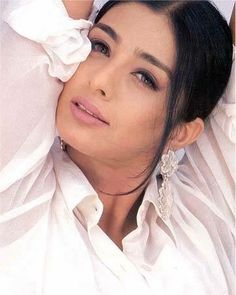 Bollywood actress Tabu Biography and Film Career started from early age. Her name is Tabusam Fatima Hashmi. She is India's most popular and hot actress. Hot Actresses, Indian Actresses, She Was Beautiful, Beautiful Women, National Film Awards, All Actress, Tabu, Best Mother, Christina Hendricks