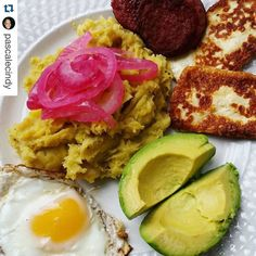 #Repost @pascalecindy :)  Learned to make it myself.... I did a great job!! #LosTresGolpes: Mangú con Salami Queso Frito Y Huevos...served with pickled red onions and of course aguacate.  #BreakfastIsServed #DominicanFood #DominicanBreakfast #IslandFood #WomenThatCook #Vsco #VscoCam #Brooklyn #NewYork #foodpics #foodstagram #justmanguit