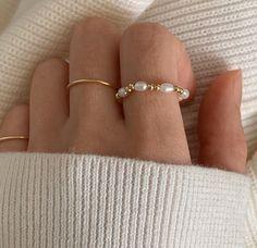 Bead Jewellery, Jewelry Party, Cute Jewelry, Crystal Jewelry, Jewelry Accessories, Jewelry Gifts, Jewelry Design, Anklet Jewelry, Jewelry Ideas