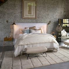 Zoticus aged brass articulated wall lamp , mocha, Am.Pm | La Redoute Washed Linen Duvet Cover, Mdf Frame, Hand Tufted Rugs, Linen Pillows, Cotton Quilts, Messing, Old Houses, Frames On Wall, Wool Rug