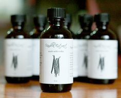 Homemade Vanilla & Peppermint Extract- Detailed instructions along w/ Label Idea for Gift Giving Vanilla Extract Recipe, Vanilla Rum, Madagascar Vanilla Beans, Make Your Own, How To Make, Food Staples, Good Enough To Eat, Lotion Bars, Allergy Free